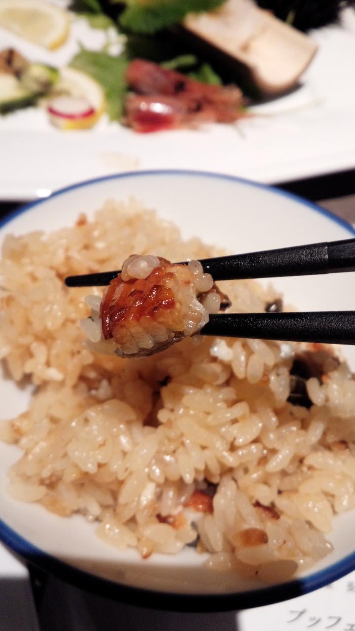 ニセコ甘露の森!おいしい夕食(いくら食べ放題)、朝食!